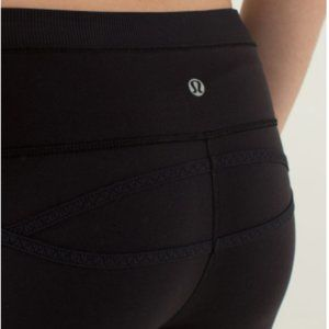 Lululemon Roll Out Black Crop Legging